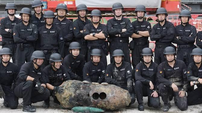 Hong-Kong-Bomb-02.jpg